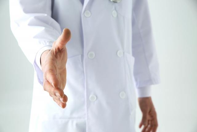 クリニックにて医師に依頼して包茎の治療を受ける場合の比較ポイント